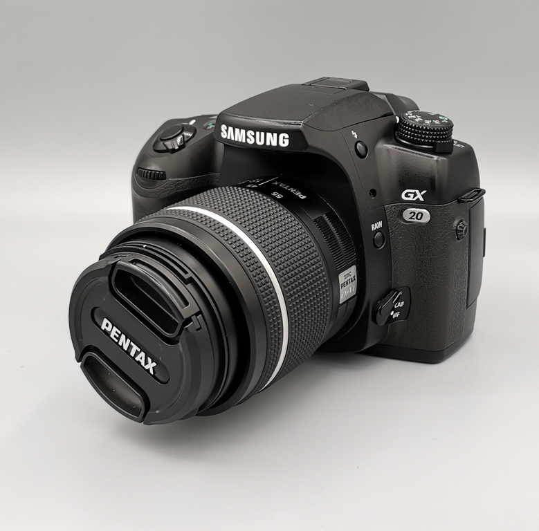 Фотоаппарат Samsung GX-20 Kit 18-55mm