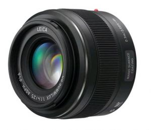 Объектив Panasonic Summilux 25mm f/1.4 Asph DG (H-X025E)